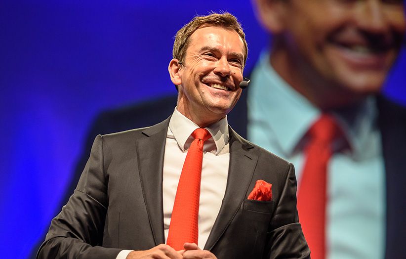 Jürgen Höller lächelnd