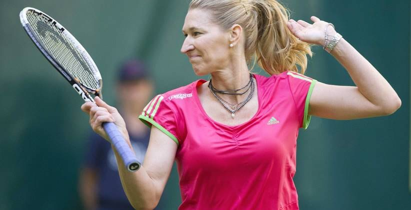 Steffi Graf Tennisspielerin Tennis Schläger Tennisplatz