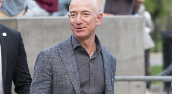 Bezos: Auf einen Schlag um 13 Milliarden Dollar reicher