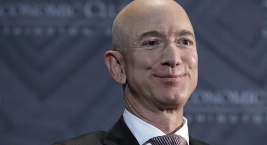 Jeff Bezos eröffnet kostenlose Vorschule für unterprivilegierte Kinder